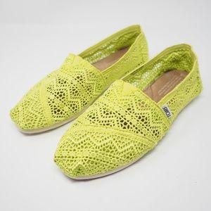TOMS Classic Crochet Slip On Flats Neon Green 8
